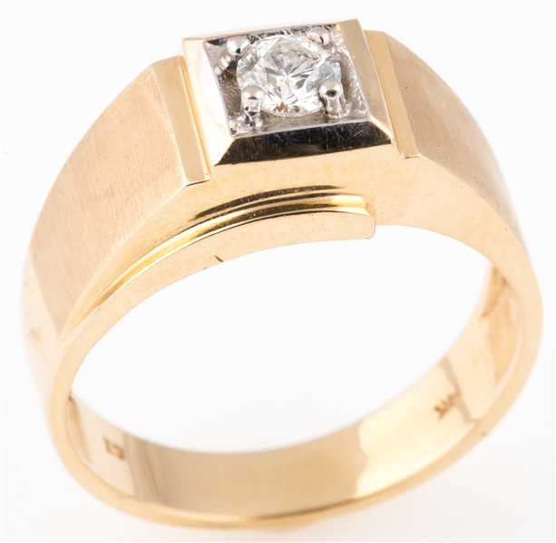 MENS 14K YELLOW GOLD SOLITAIRE DIAMOND RING
