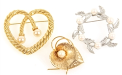 GOLD TONE & SILVER TONE BROOCHES - LOT OF 3